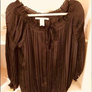 DIANE VON FURSTENBERG Black satin pleaded blouse